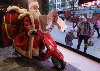 Selfridges+Reveals+Christmas+Window+Displays+NbY2bLjYDCRl
